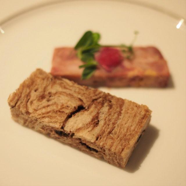 マーブルショコラのパンがパテドカンパーニュとよく合ってました!