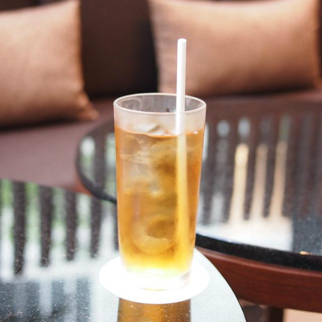 ダージリンアイスティーハイアットリージェンシー横浜「ザ・ユニオンバー&ラウンジ」ではどのお茶でもアイスティーにしてもらえます。