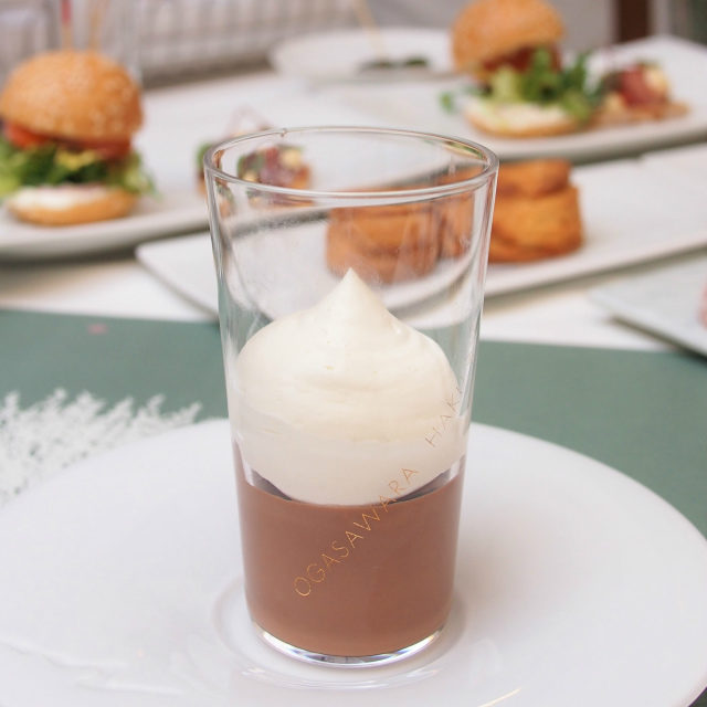 ペルー産シングルオリジンチョコレートのミニパフェ