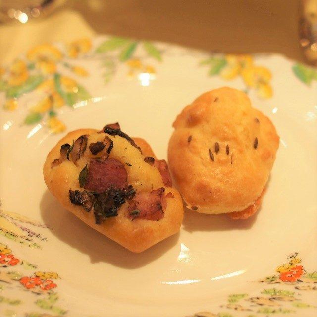 マドレーヌ大使のマドレーヌサレ2種ベーコンとオニオンのものとスパイスが使われたものの2種類でした!
