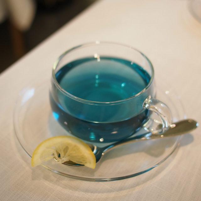 ピュアブルーマジックティー バタフライピーにローズマリーとレモングラスを加えたハーブティー
