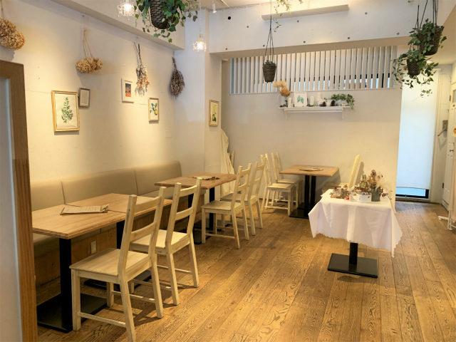 MADELEINE LAPIN(マドレーヌ ラパン)のカフェスペース