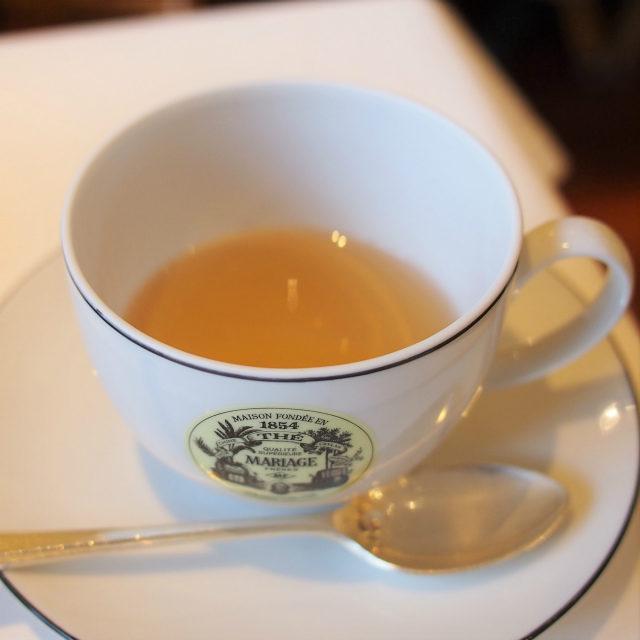 WHITE RHAPSODY フルーツとお花で香り付けした白茶のフレーバーティー