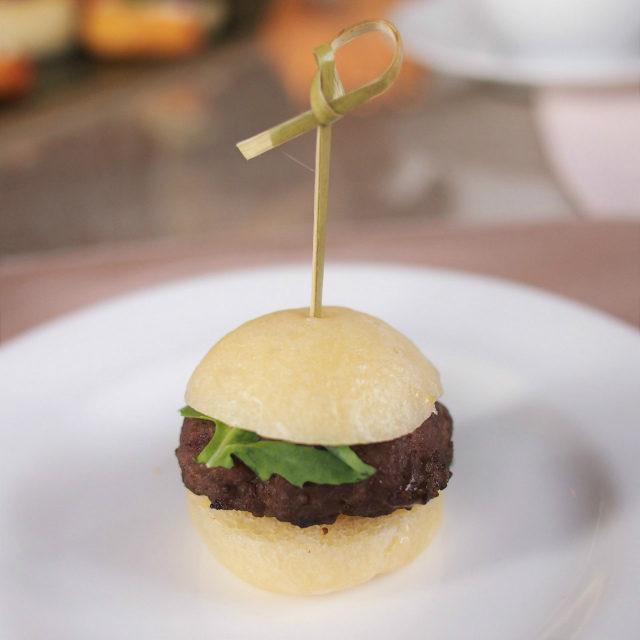 ミニハンバーガー わさびとマヨネーズのソース