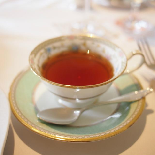 長楽館オリジナルブレンドティーセイロンティーにハニーブッシュも加えた甘い香りの紅茶