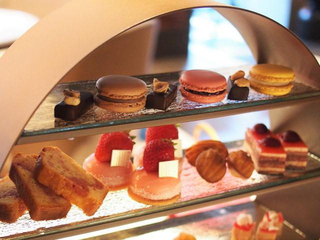 fauchonhotelkyoto afternoontea sweets01
