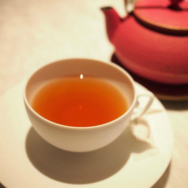 フォションブレンド紅茶と緑茶をブレンドし、柑橘類とバニラ、ラベンダーで香り付けしたフレーバーティー