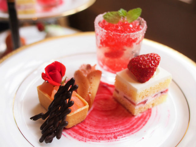 hotel newgrand rose afternoontea sweets01