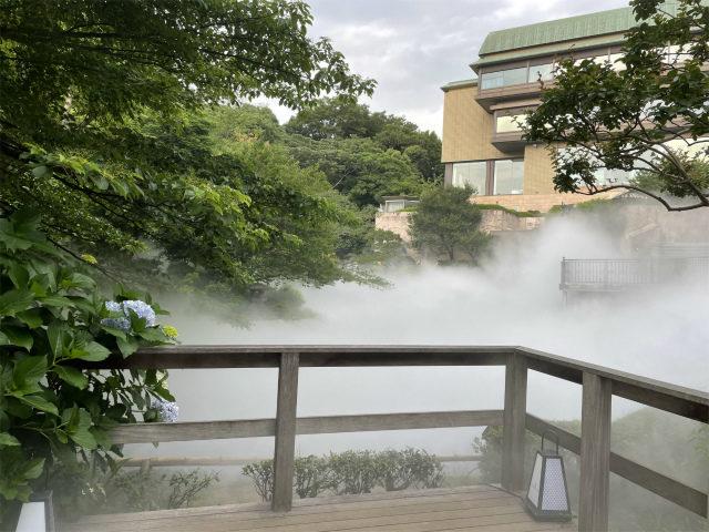 雲海が広がった幽翠池