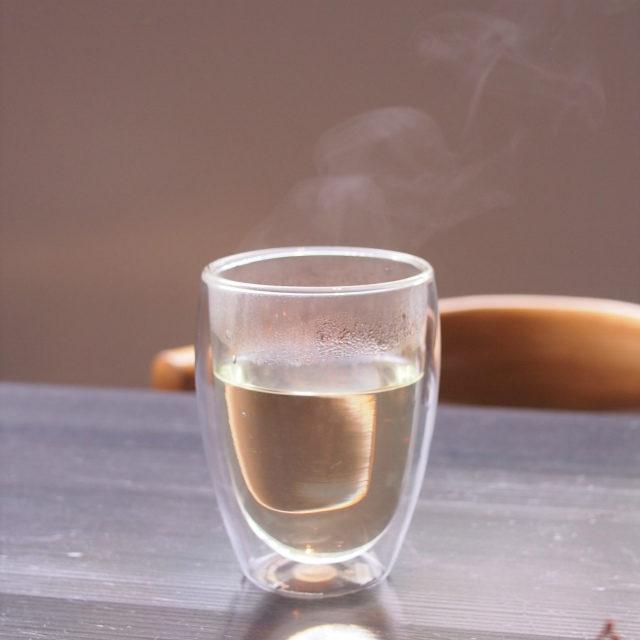 黒文字茶華やでブレンドティーのような複雑な香りがしました!