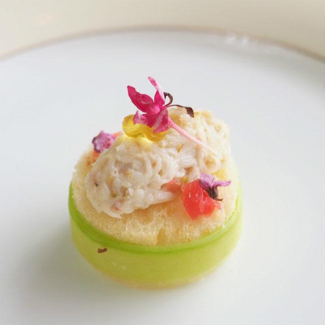 ズワイ蟹のレムラードとブリオッシュ グレープフルーツ