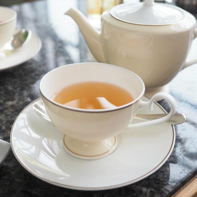ダージリンファーストフラッシュ マカイバリ茶園2020年美味しかったのでホットでもいただきました!