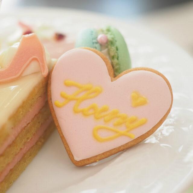 こちらはお友達のプレートのアイシングクッキー。どっちも可愛い♡