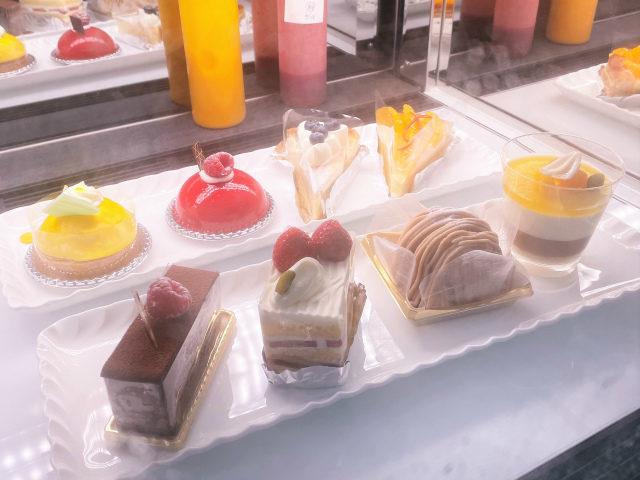 パンドラのアフタヌーンティーのケーキはこの中から好きなものを1つ選びます。