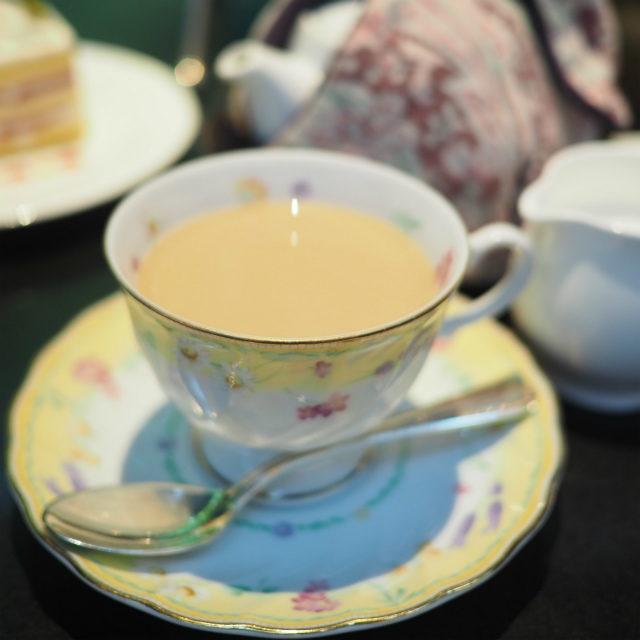 ミルクティーにしても美味しい紅茶でした。
