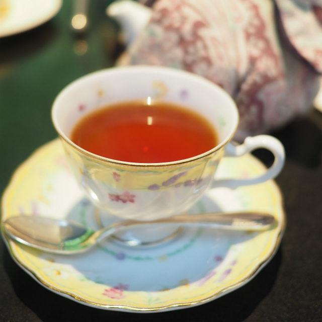 ロイヤルブレンドインドとセイロン紅茶のブレンドティー