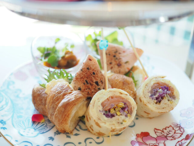 iconic shiodome peach afternoontea savoury01