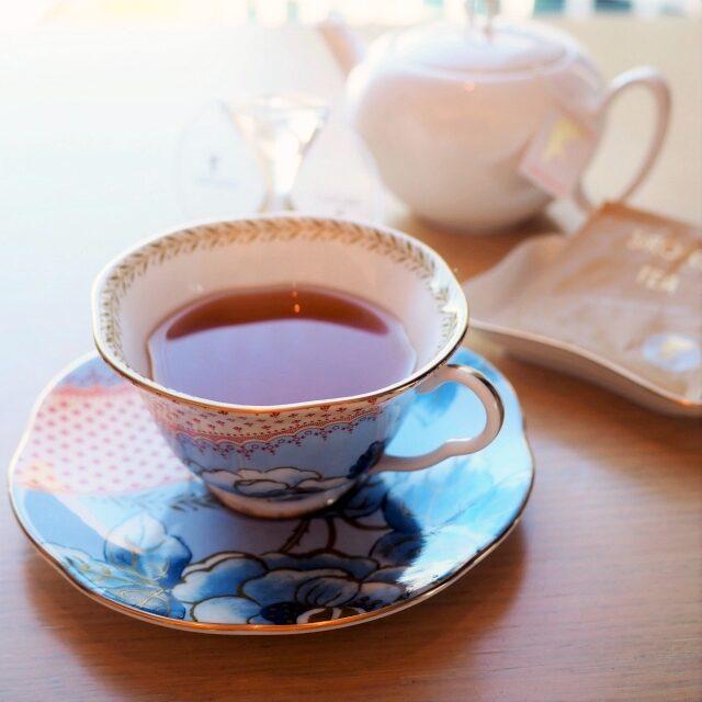アーモンドウーロンウーロン茶にアーモンドナッツの香りを加えたフレーバーティー