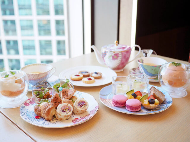 iconic shiodome peach afternoontea02