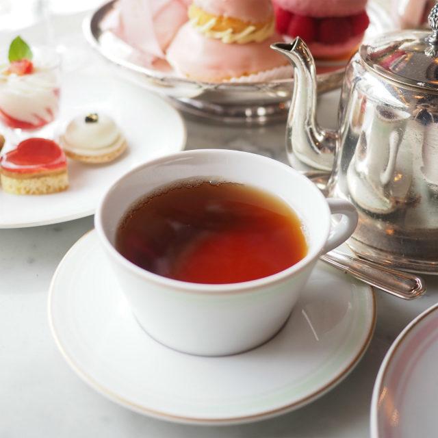 テ・メランジュ スペシャル ラデュレ 中国の紅茶にバラ、柑橘類をブレンドしバニラとシナモンも香るフレーバーティー