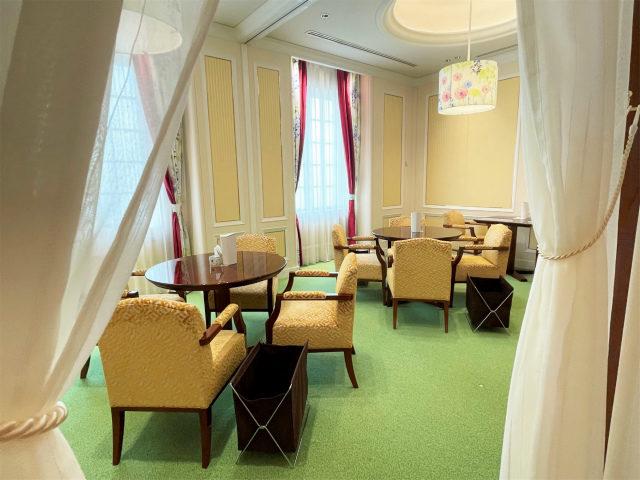 2Fには個室が2つあって、どちらも12名入れるお部屋でした。