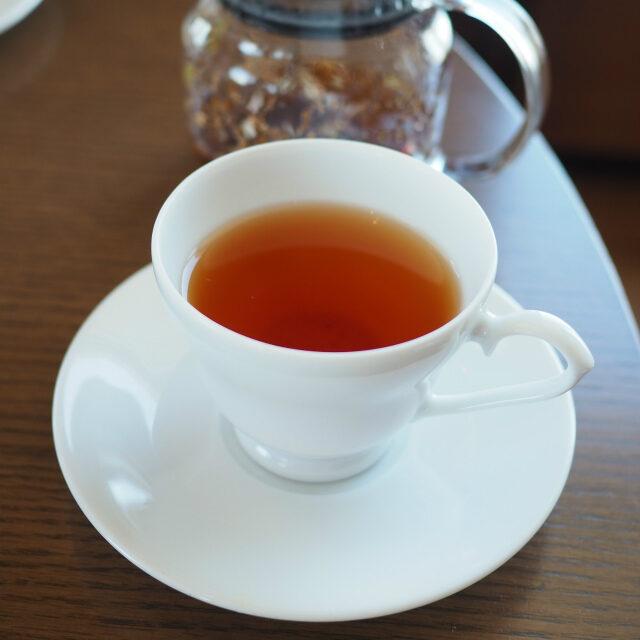 ラズベリーネクターアートオブティーの中でお気に入りのお茶。こちらはルイボスティーです。