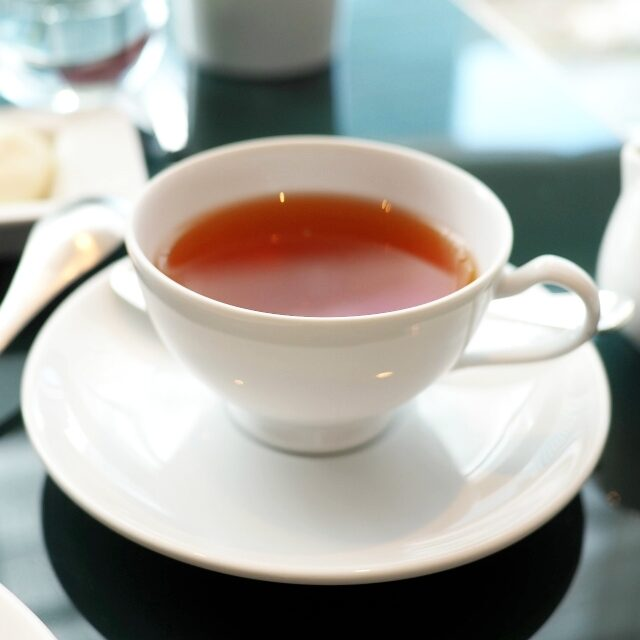 コロンビアエスペシャル&カカオカカオのお茶だからミルクが合うと思ったら、意外とさっぱりでストレートで最後までいただきました。