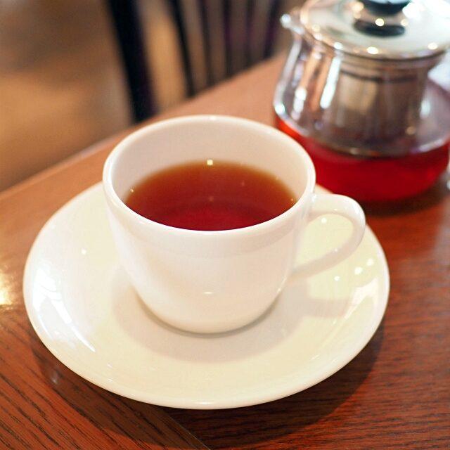 横浜元町デュエットマスカット&ペアのフレーバーティー。ラ・テイエールのオリジナルフレーバーティーの中で一番人気の紅茶です。