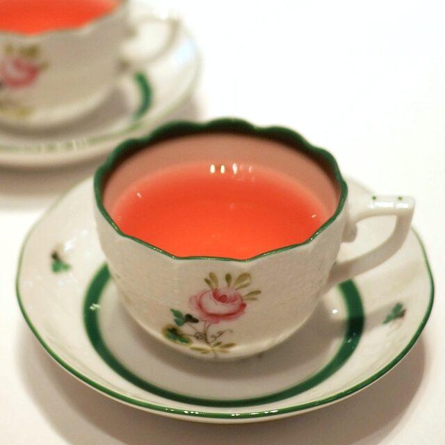 フルーティーの色が可愛くて、カップがさらに可愛く見えます!