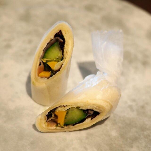 ロールサンド~生ハム&きゅうり&クリームチーズ