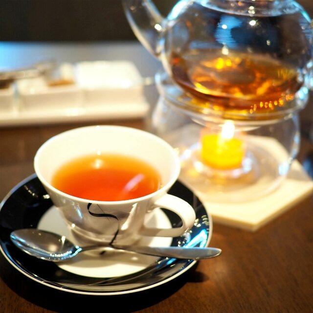 クレームキャラメルティーアフリカのルイボスティーにキャラメルの香りを加えた甘い香りのお茶