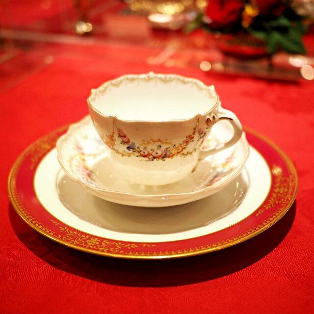 ノリタケのプレートとドレスデンのカップを合わせてみても可愛い♡