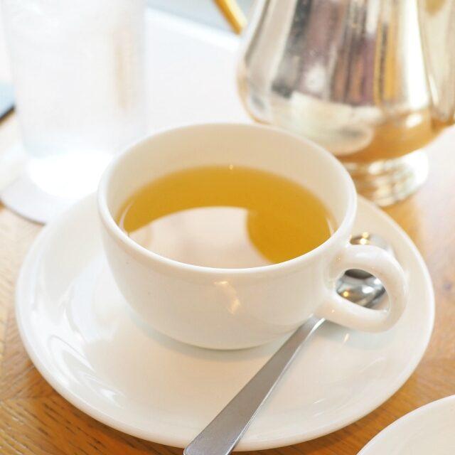 レモンスカイ レモングラスとローズヒップにりんごやレモン、ベリーの香りを加えたロンネフェルトのフルーツハーブティー